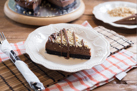 Chocolate Hazelnut Cheesecake (Slice)