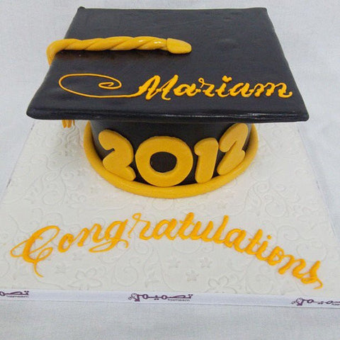 One Tiered Graduation Cap Cake