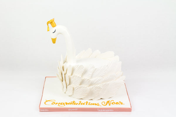White Duck Shaped Cake - كيكةعلى شكل بطة