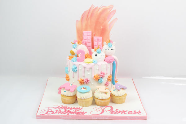 Unicorn Blush Cake - كيكة اليونيكورن