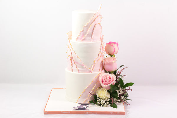 Three-Tiered Pink Cake - كيكة من ٣ طوابق