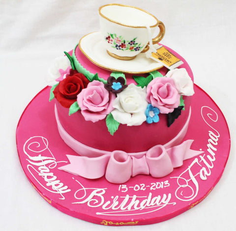 One Tiered Cake with Tea Cup