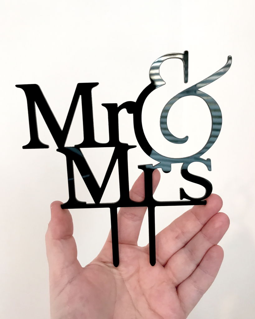 Mr & Mrs Acrylic Cake Topper - L&O Designs