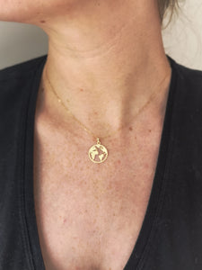 WORLD MAP NECKLACE (9ct gold)