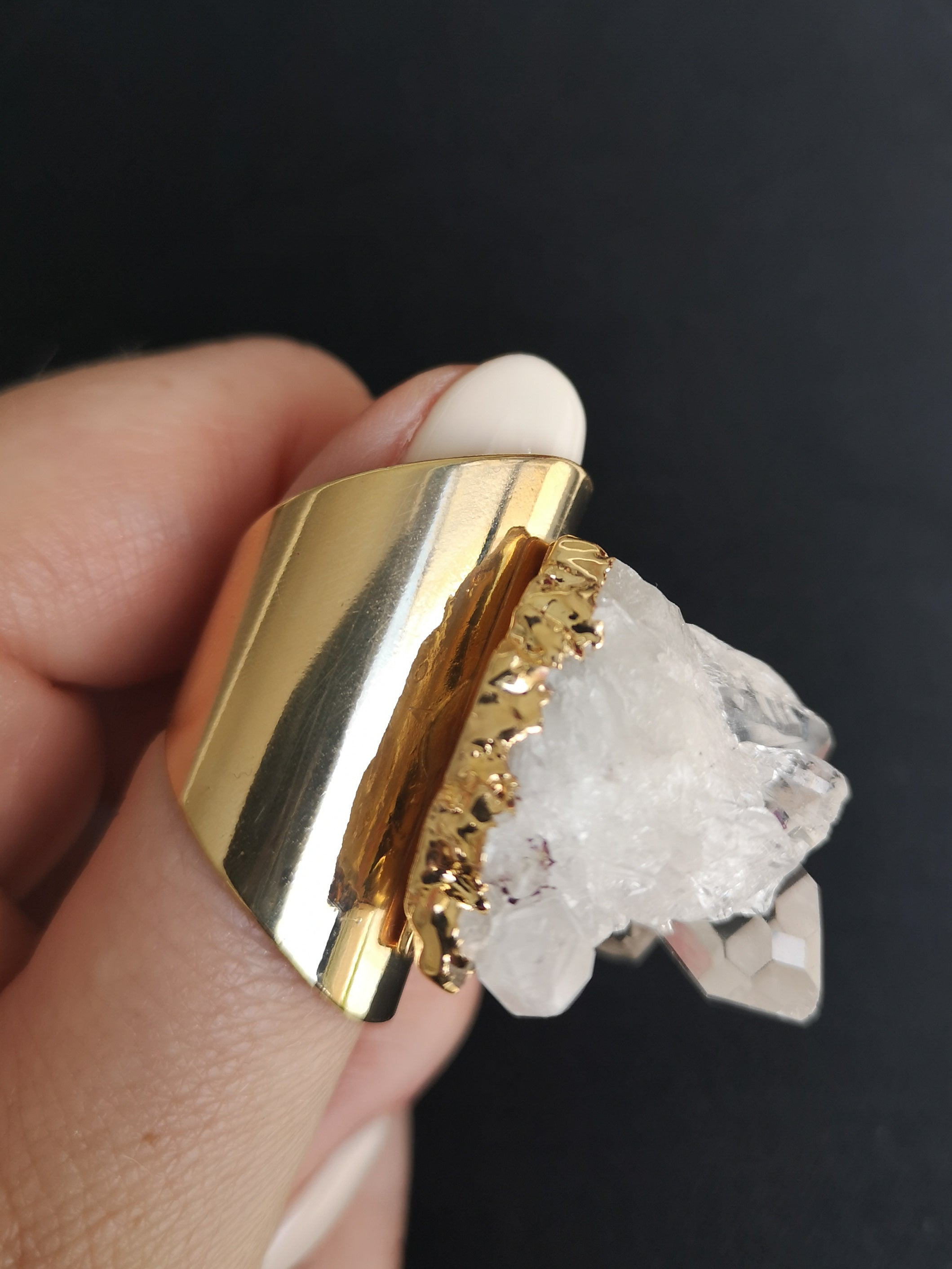CHUNKY QUARTZ RING