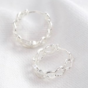 CHAIN HUGGIE HOOP EARRINGS
