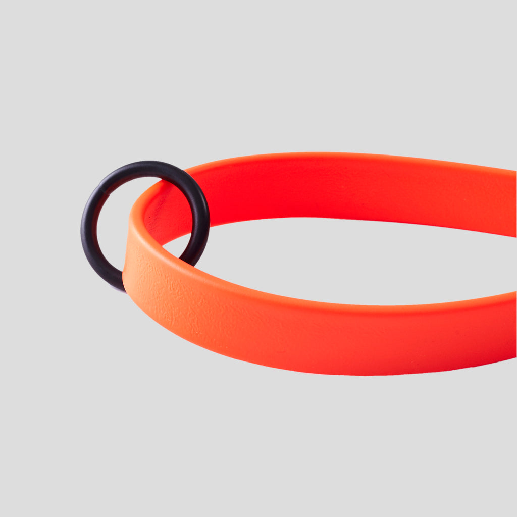 DOG LEASH RUBBERIZED ORANGE