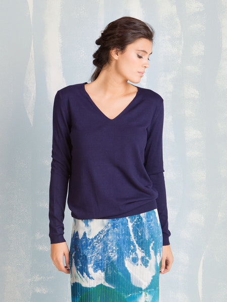 Sweater Knit V-neck navy blue Coquelicot COQUELICOT- Here Now