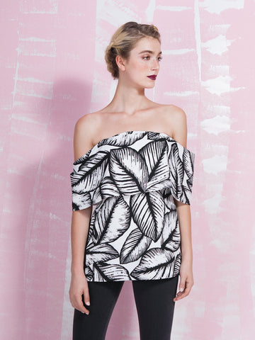 50 % OFF LAVISH ALICE Monochrome Palm Print Deep Bandeau Top LAVISH ALICE- Here Now