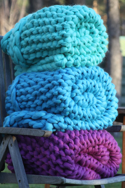 - Handmade Chunky Knit Blanket Size: 30*55'' 100% Merino Wool - Nata Home and Fashion - 2
