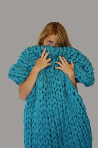 - Handmade Chunky Knit Blanket Size: 30*55'' 100% Merino Wool - Nata Home and Fashion - 1