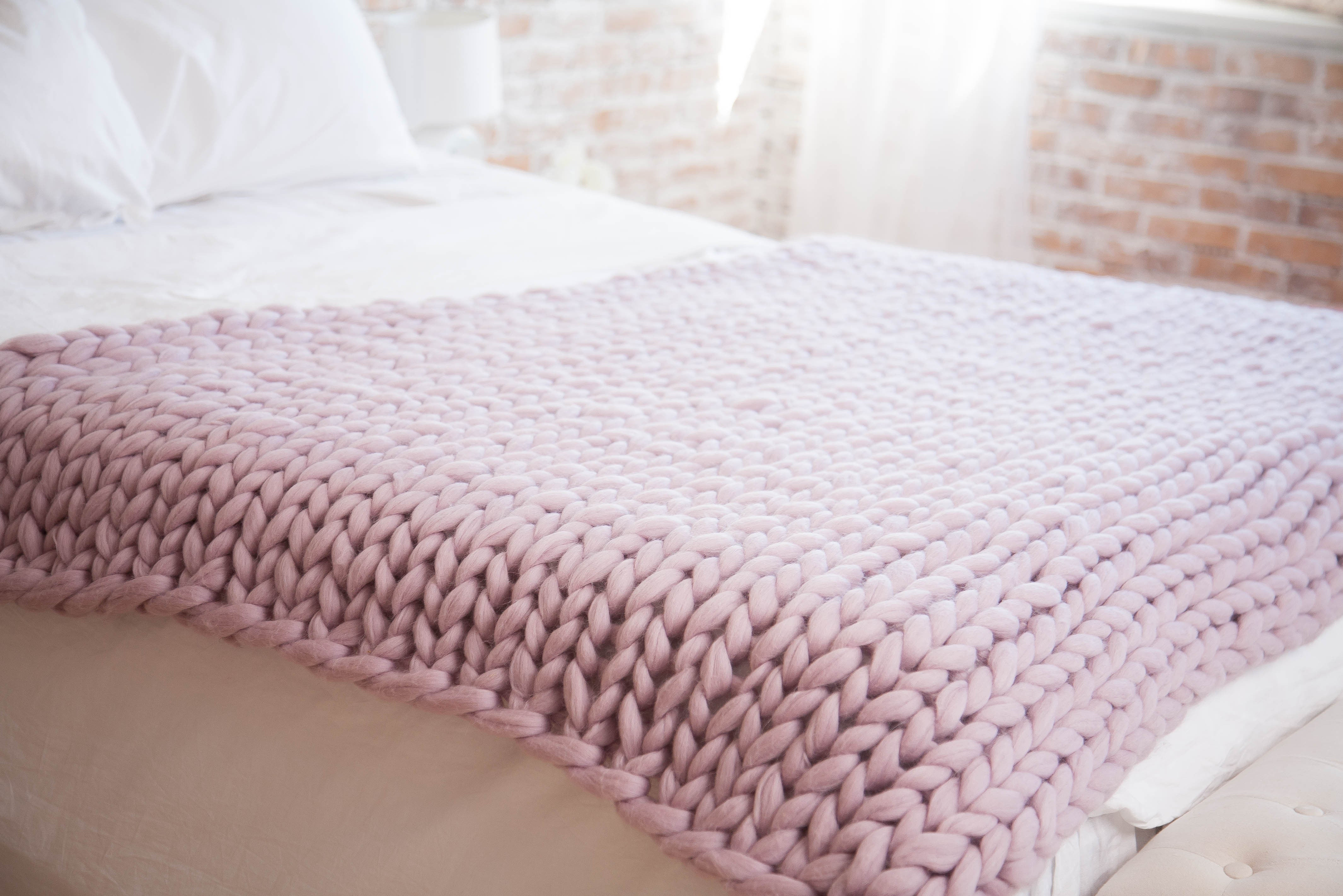 White Lilac Chunky Blanket