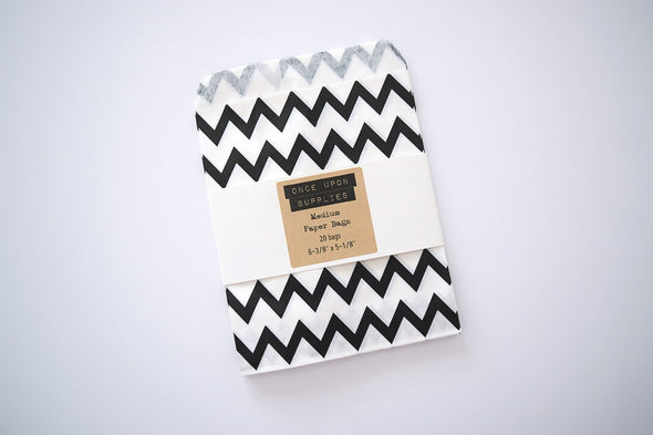 Favor Bags - Black and White Chevron Pattern