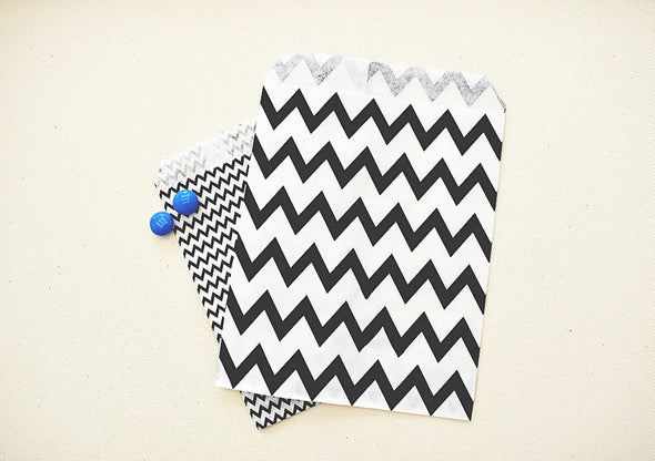 Party Favor Bags - Medium Black and White Chevron Pattern