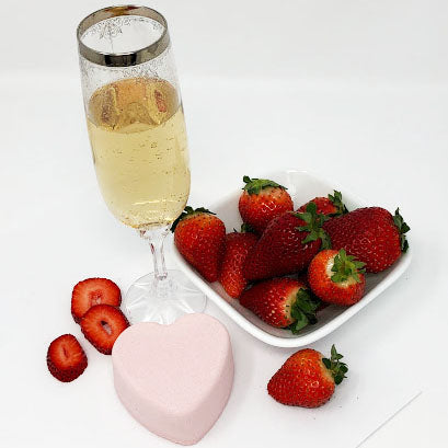 Strawberry Champagne: Fizzy Heart Bath Bomb