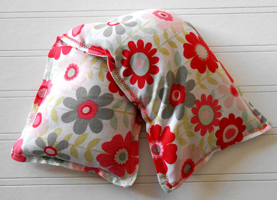 Pretty Posies: Flax Seed Hot/Cold Pack | Microwavable Heating Pad and Ice Pack - Sew Colorful Designs