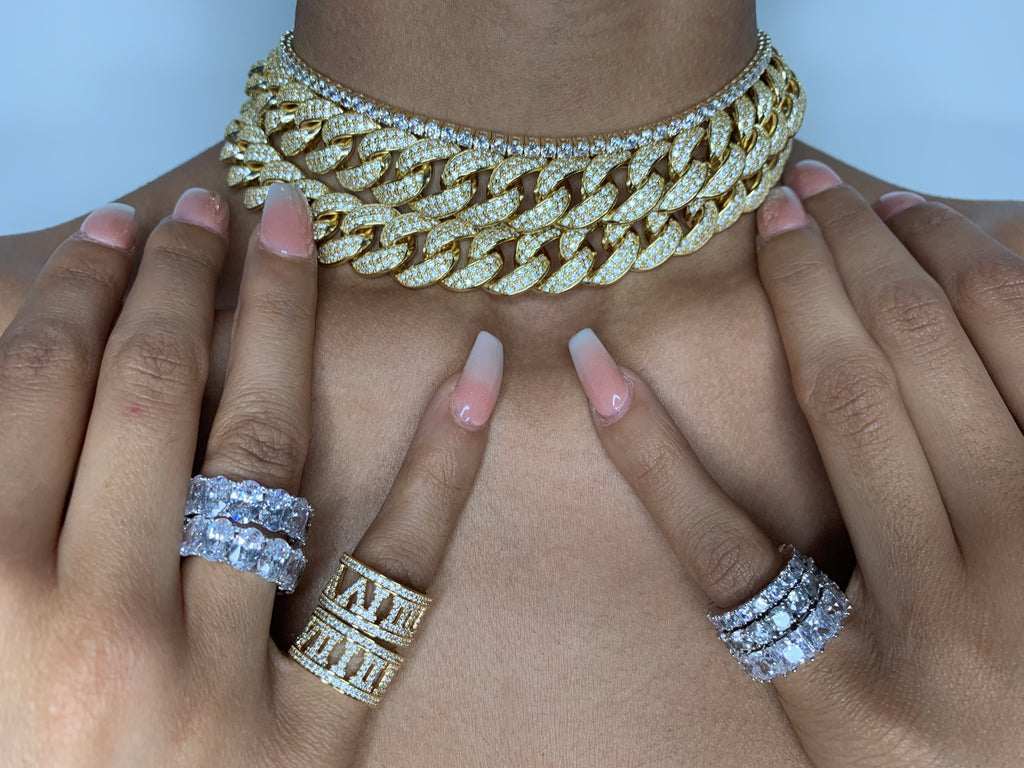 LARGE CRYSTAL CUBAN LINK CHOKER