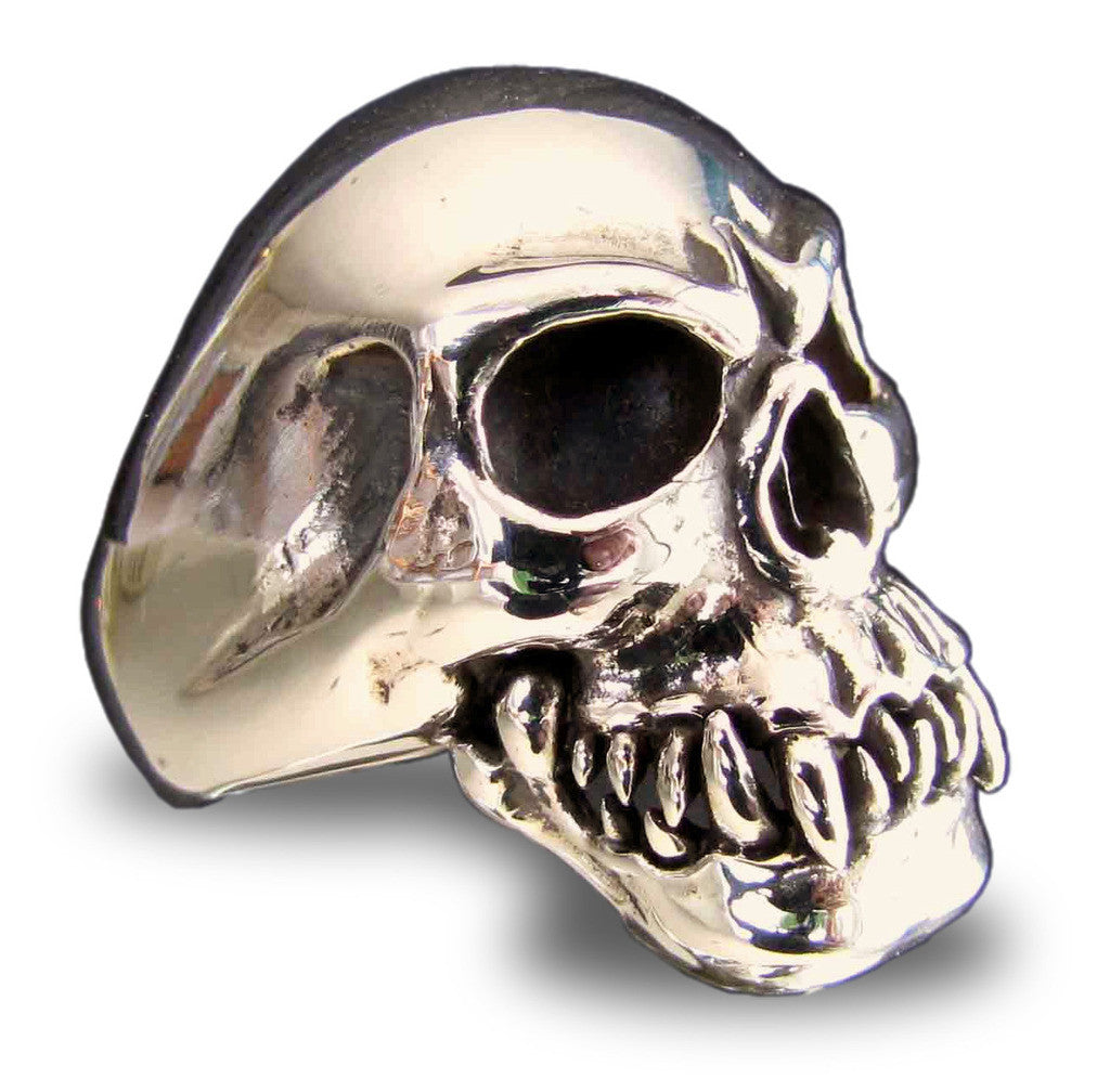 Cannibal Zombie Skull Ring in Bronze