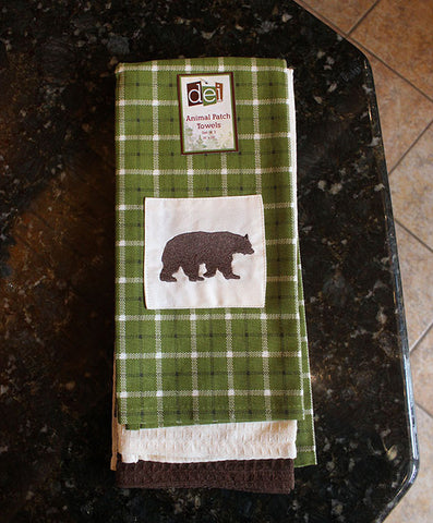 Hand Towel Set - Green with Embroidered Bear Silhouette