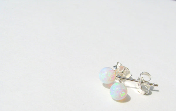 just opal kitty grabitems white products fire earrings com silver blue whiteblue stud