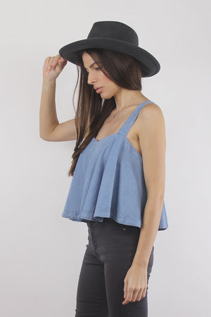 Chambray tank top with built in bra. Image 5