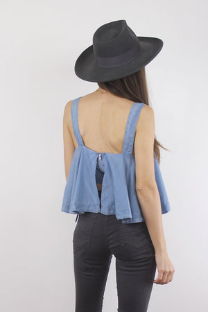 Chambray tank top with built in bra. Image 6