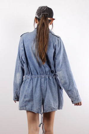 Denim jacket with cargo pockets. Image 6