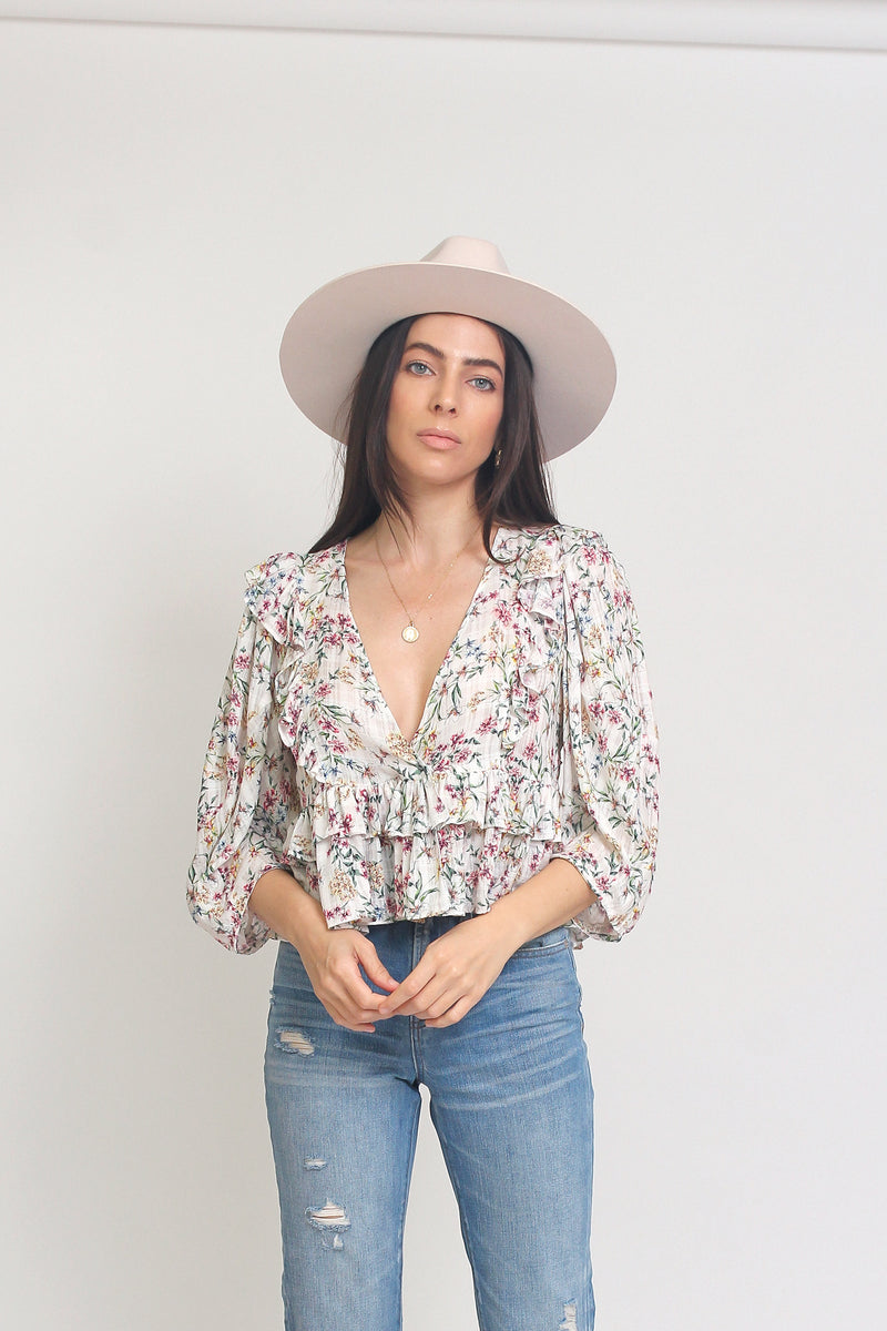 Floral top with ruffle detail and puff sleeves, in White. Image 3
