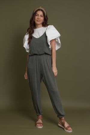 Olive jumpsuit with pockets. Image 7