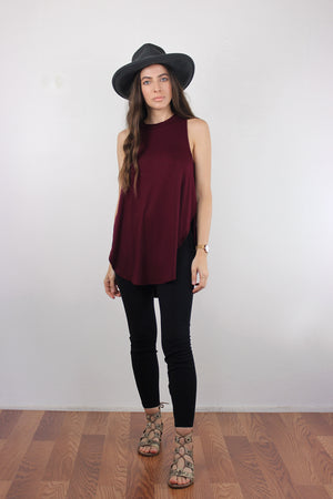 Tank top with high side slits, in Burgundy. Image 2