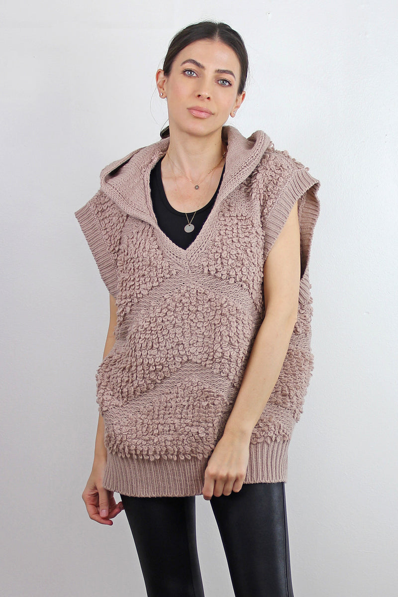Textured sweater vest with hood, in Mauve. Image 5