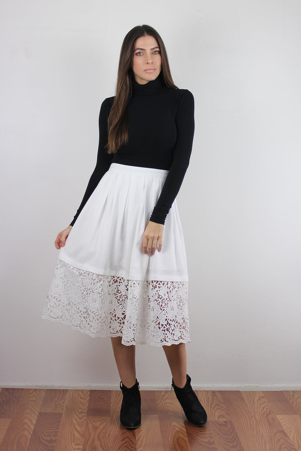Lace panel midi skirt, White.