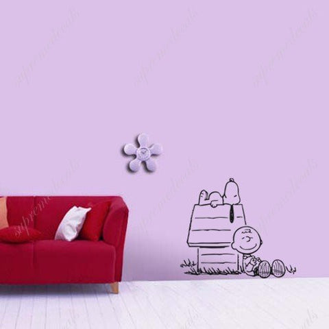 Enjoying sunshine with Snoopy - Wall Decals