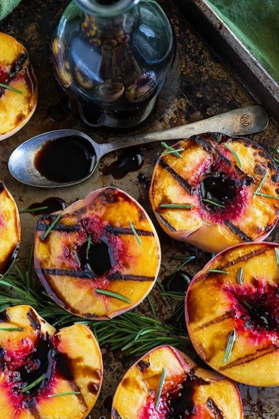 Tuesday Treat // Grilled Peaches