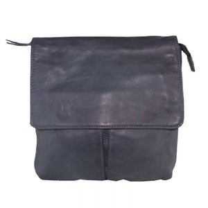 Leather Shoulder bag with flap Black