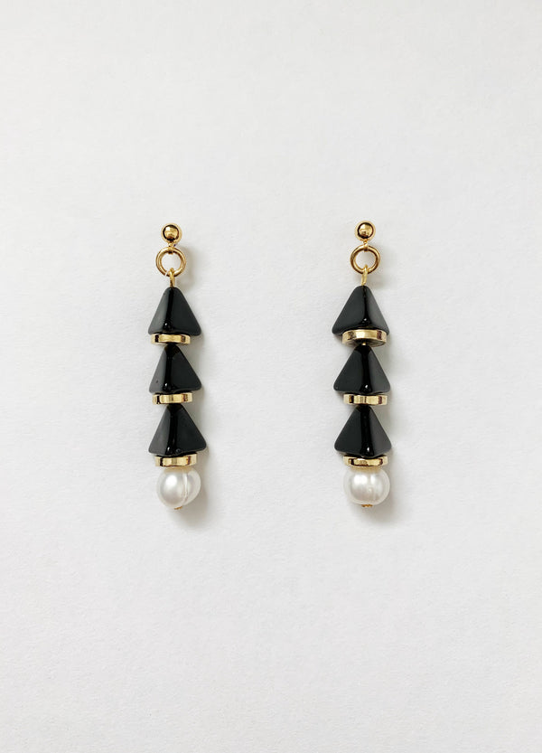Sphinx Earrings – Black