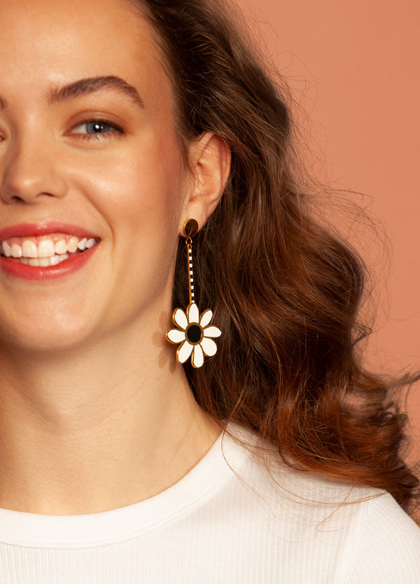 Memphis Petal Earrings | Georgia Perry