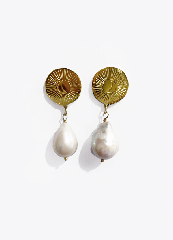 Moon Drop Earrings | Georgia Perry