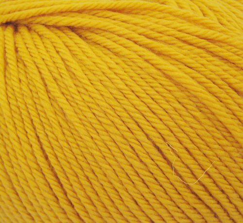 BANANA ROWAN PURE WOOL ARAN