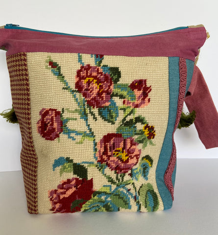 annlemon_art - Project Bag - Dark Pink Roses Tapestry