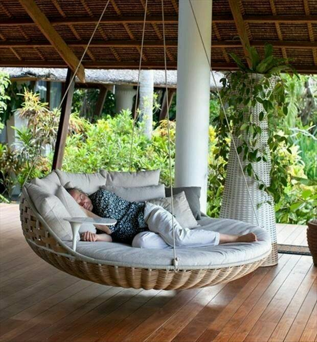 Hanging beds a love affair