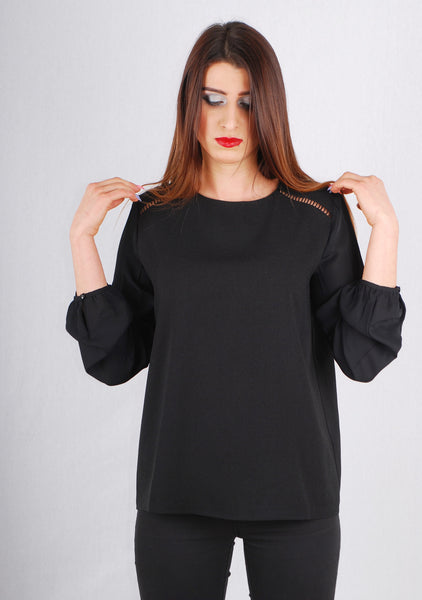 PERFECT BLACK BLOUSE