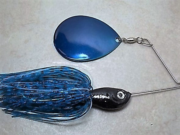 SHORT ARM COLORADO BLADE SPINNERBAIT: Blue Bw/Glow, Black head, Blue Blade