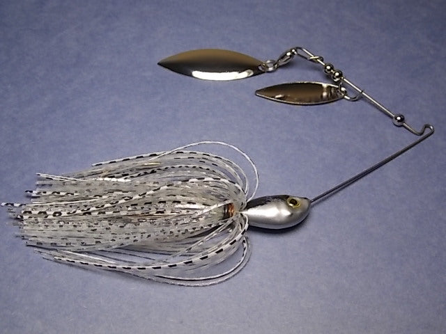 Double Willow Spinnerbait, Clear Water Series: Clear and Silver/ Shad