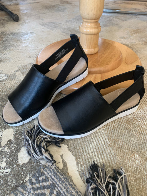 Suspense Black Sandal