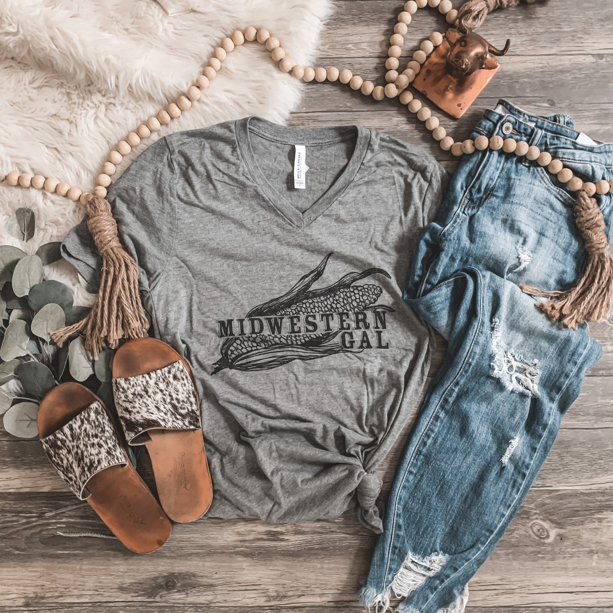 """Midwestern Gal"" V - Neck Graphic Tee in Gray - Rosebud's Tees"