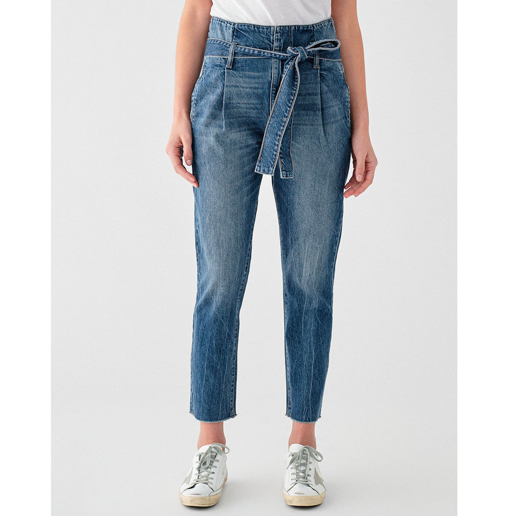 DL1961 Denim Susie High Rise Tapered Straight in Aberdeen