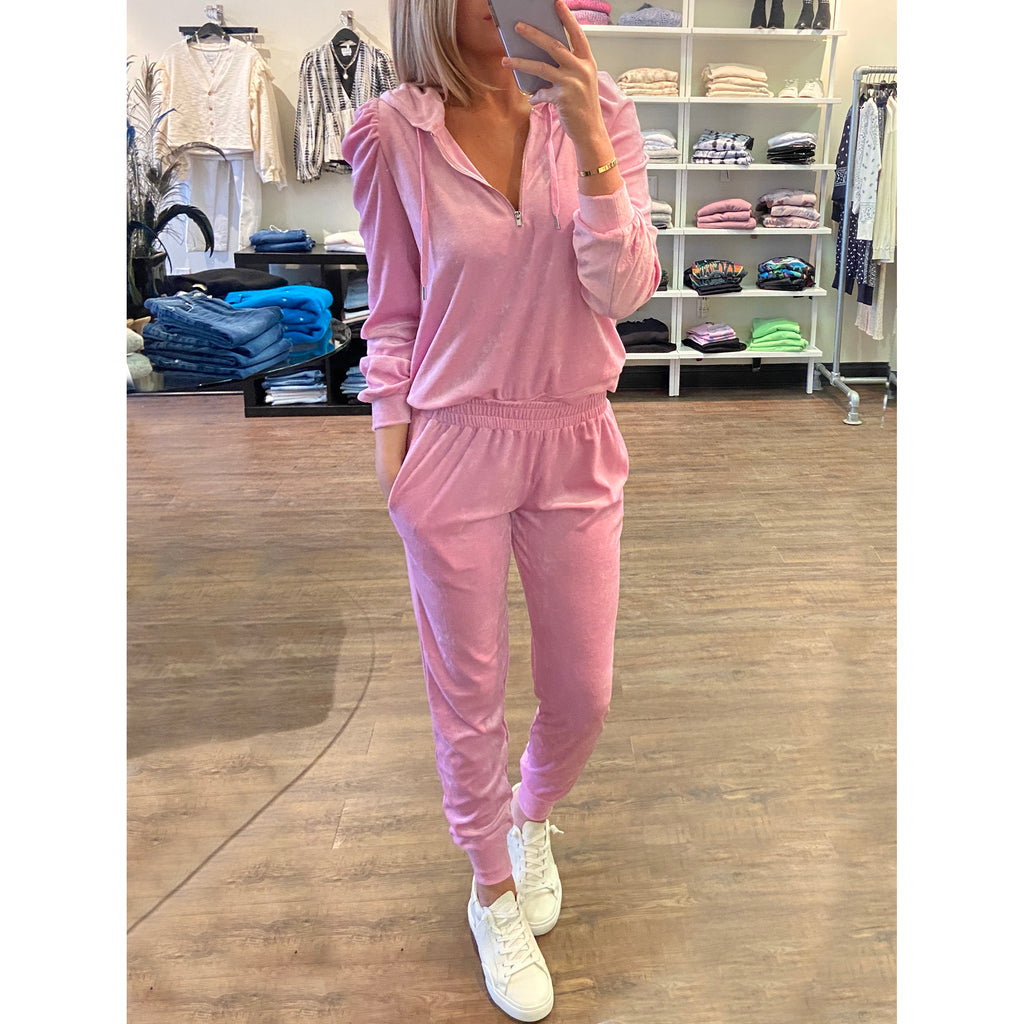 Generation Love Ivy Velour Joggers in Bubblegum Pink