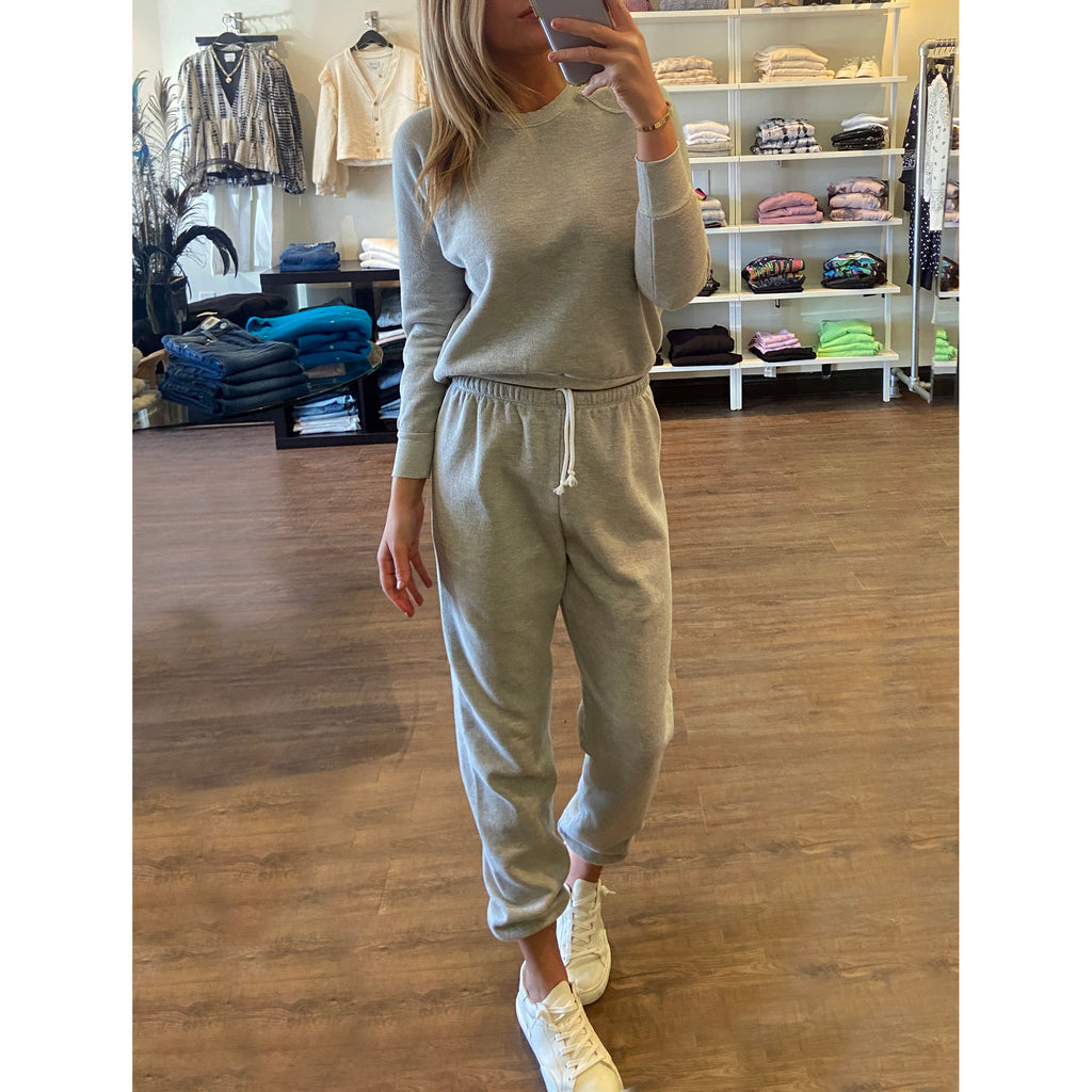 Perfect White Tee Stevie Easy Sweatpants in Heather Grey