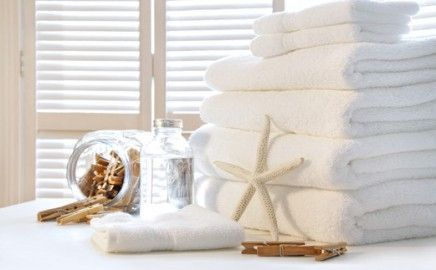 beach house linens in white